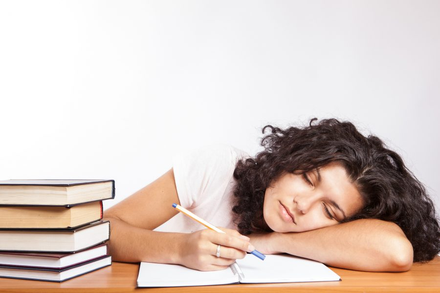 High school students struggle with early school start times. photograph by CollegeDegrees360 (https://www.flickr.com/photos/83633410@N07/7658254172) CC2.0 license