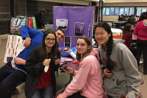The Substance Free Students Club hosted a hot chocolate hospitality cart with healthy treats to spread positive messages without the use of drugs.
